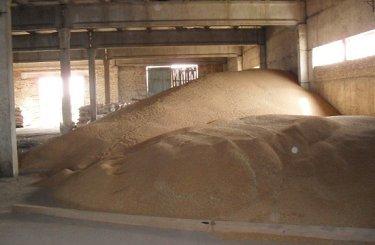 EXP.IDK.RU. Аграриям не стоит держать зерно в хранилищах в ожидании цены – эксперт