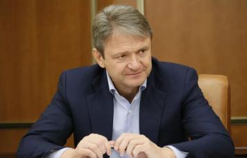 EXP.IDK.RU. Уэкс-министра Александра Ткачева отнимают бизнес?
